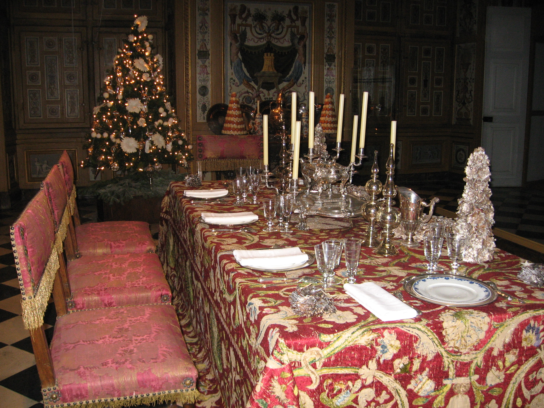Ronnie Hess - A French Christmas at Vaux-le-Vicomte - Ma Vie Francaise - My French Life - www.MyFrenchLife.org