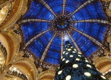 MyFrenchLIfe™ - paris in december - christmas tree